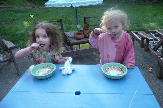 Breakfast picnic.